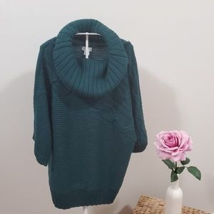 JACLYN SMITH Knit Cowl Neck Green Sweater